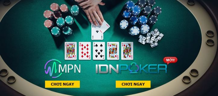 bàn tròn poker m88
